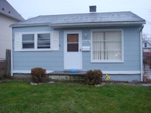 8496 Jewett Ave Warren Mi 48089 2 Bedroom House For Rent