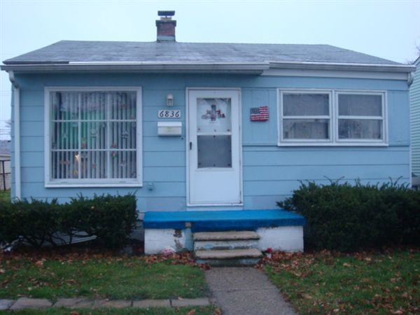 6836 continental ave warren mi 48091 2 bedroom house for