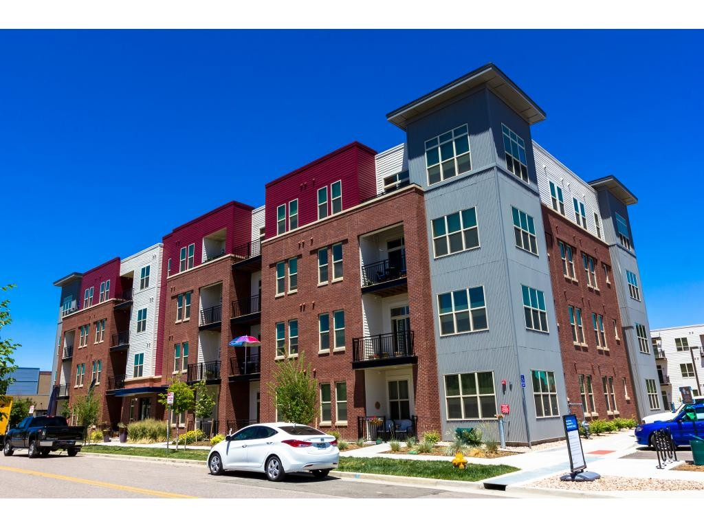 Overture Stapleton Ages 55 Apartments For Rent 8133 E 29th Pl Denver Co 80238 With 16