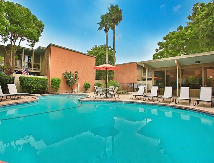 Carmel Apartments, Corpus Christi - (see pics & AVAIL)