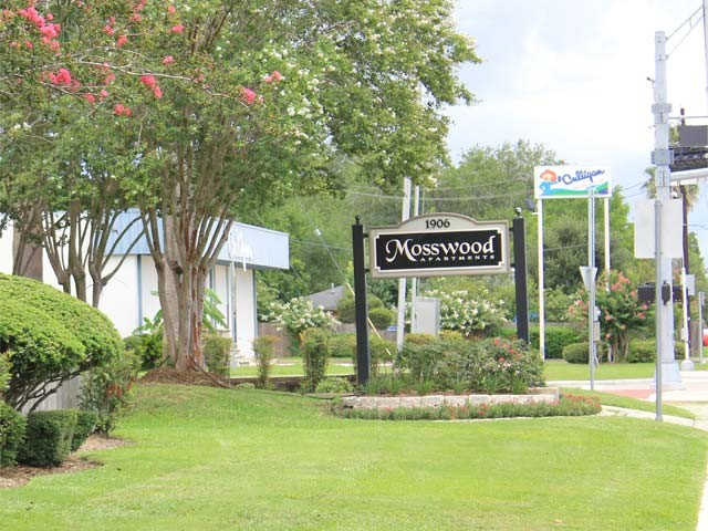 Mosswood Apartments