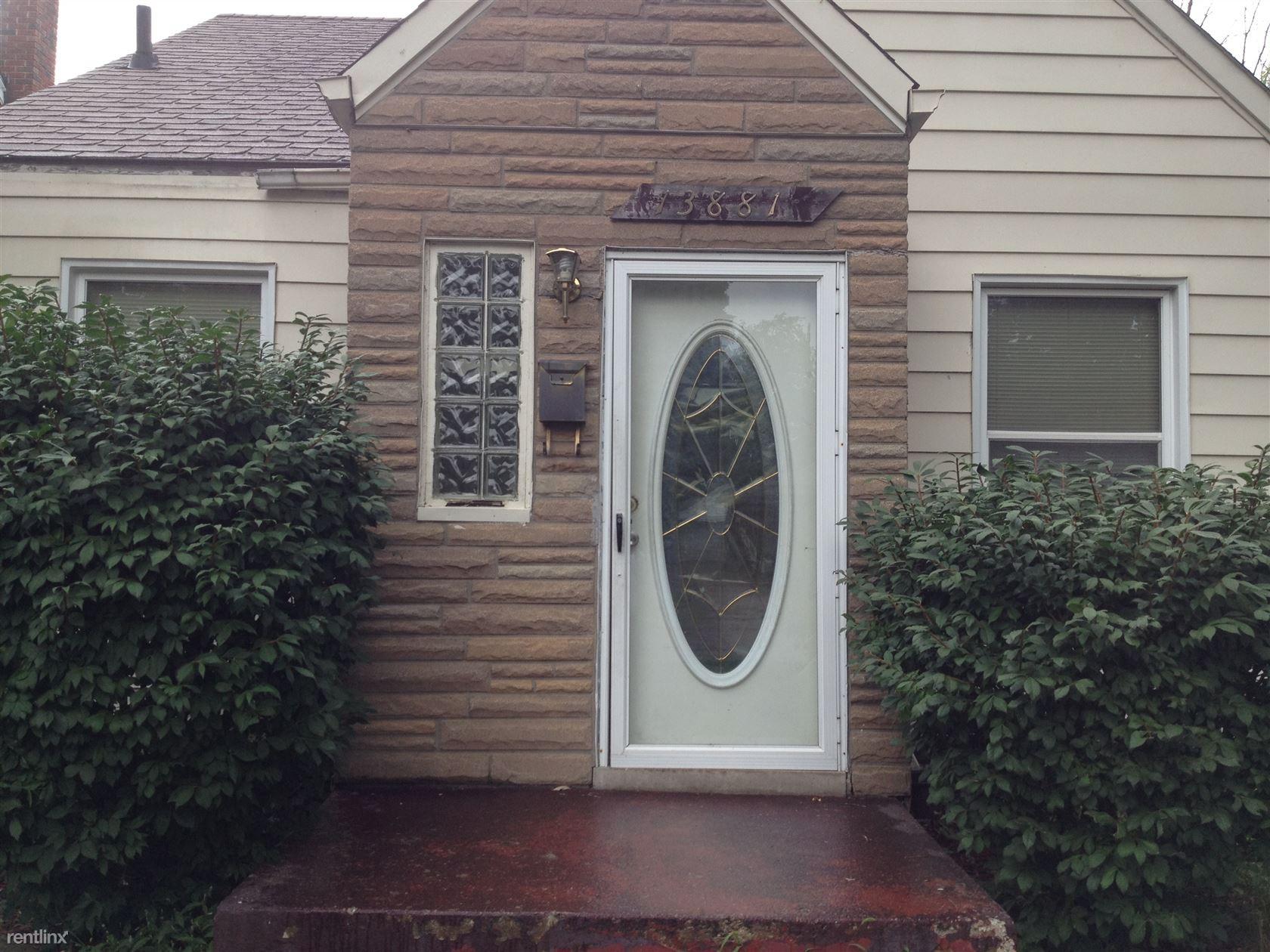 13881 carlisle st detroit mi 48205 3 bedroom house for rent for 650 month zumper