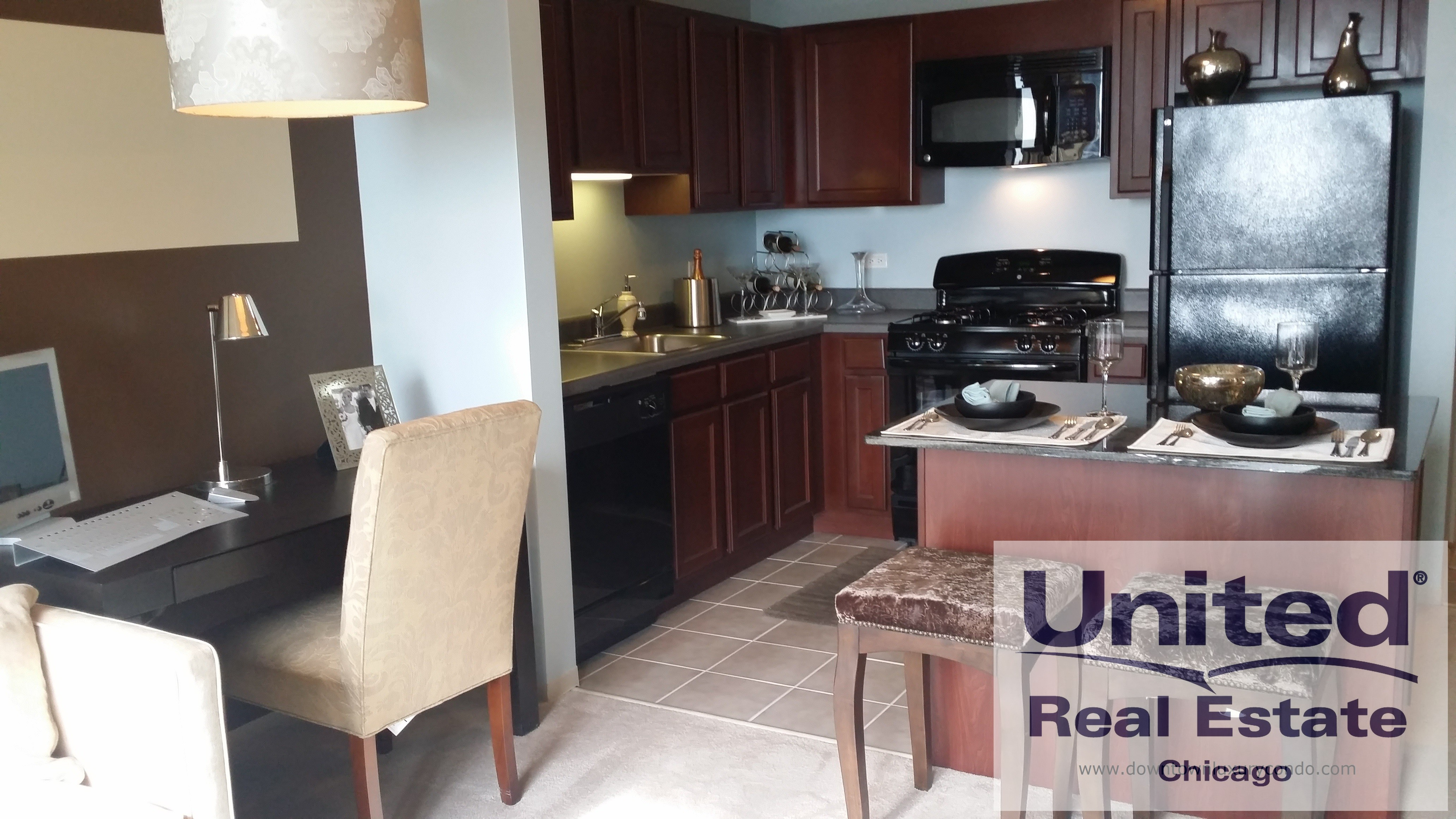 East South Water St N Field Blvd 1 1505 Chicago Il 60601 1 Bedroom Apartment For Rent For