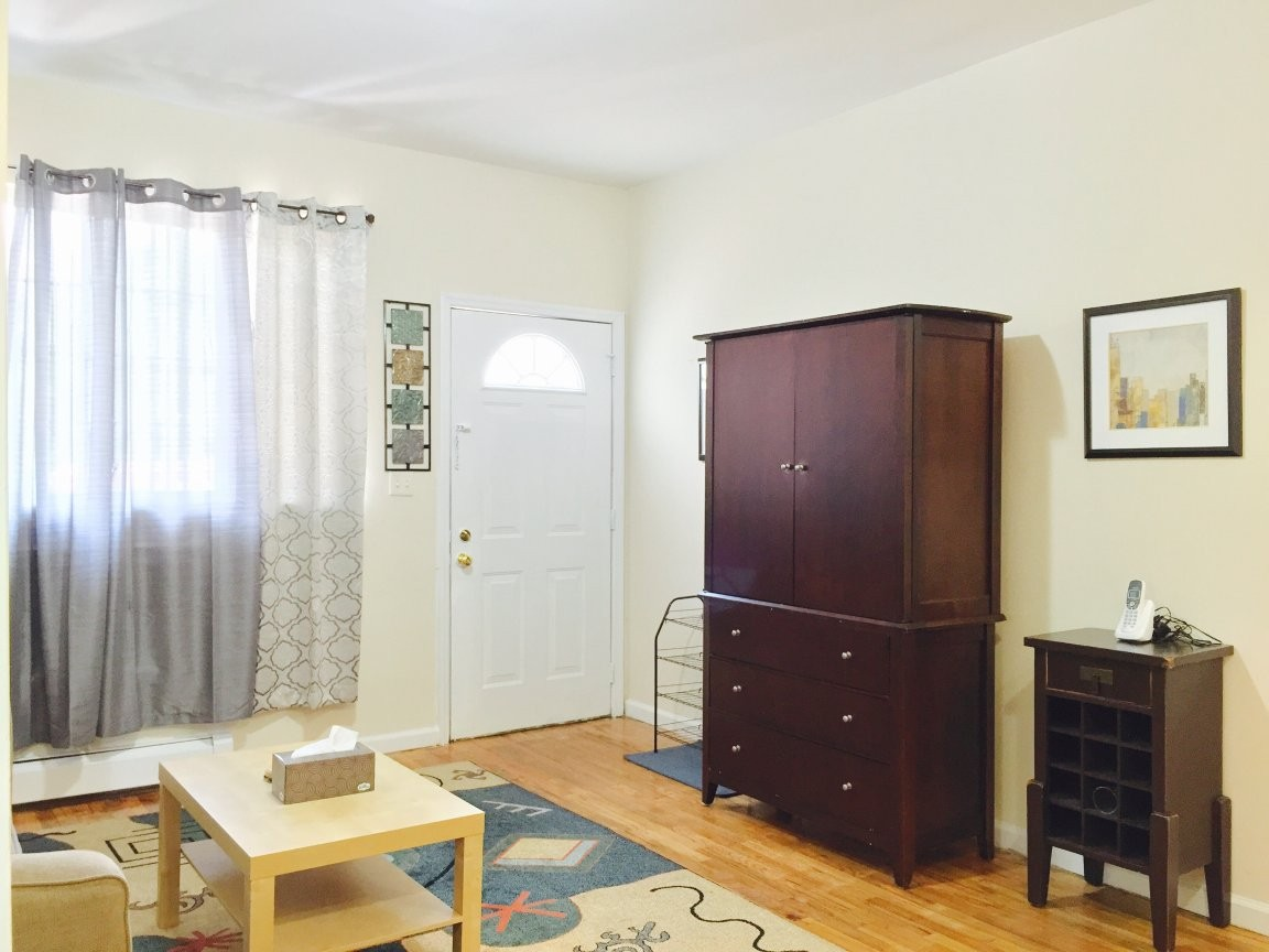 Carlisle Pl Bronx NY 2 Bedroom Apartment for
