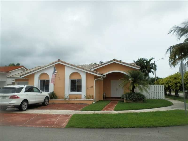 Nw 168th Terrace Miami Lakes Fl 33018 4 Bedroom Apartment For Rent For 2 300 Month Zumper