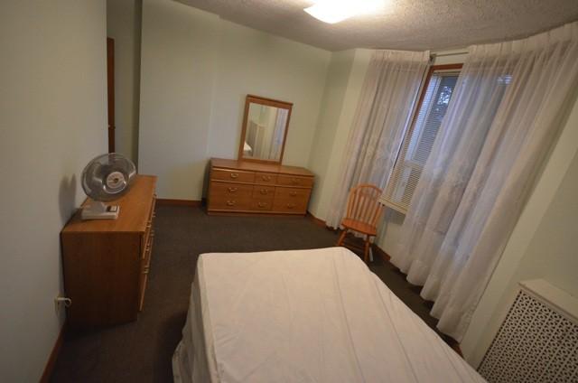 Ossington Ave Amp Hallam St Toronto On M6h 1w7 Room For