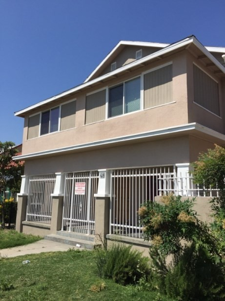 253 N Calaveras St Fresno Ca 93701 3 Bedroom Apartment