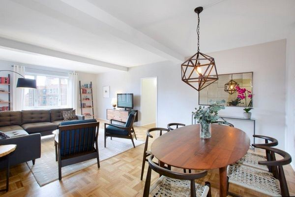 StuyTown Apartments - NYST31-016