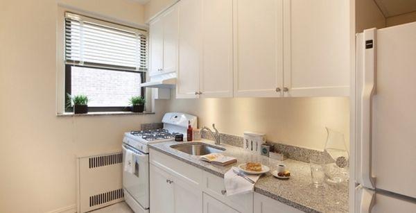 Kings & Queens Apartments - Nautilus