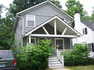 700 998 Minor Ave Kalamazoo Mi 49008 3 Bedroom Apartment For Rent For 900 Month Zumper