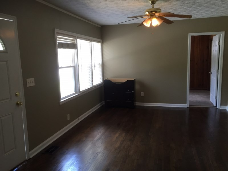 1292 Beecher St Sw Atlanta Ga 30310 3 Bedroom Apartment For Rent Padmapper