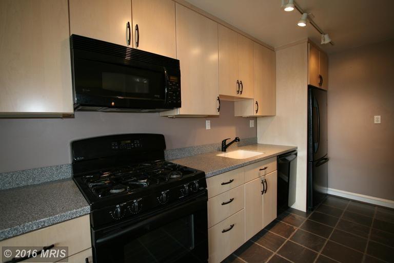 1565 N Colonial Terrace 203z Arlington Va 22209 1 Bedroom Apartment For Rent Padmapper