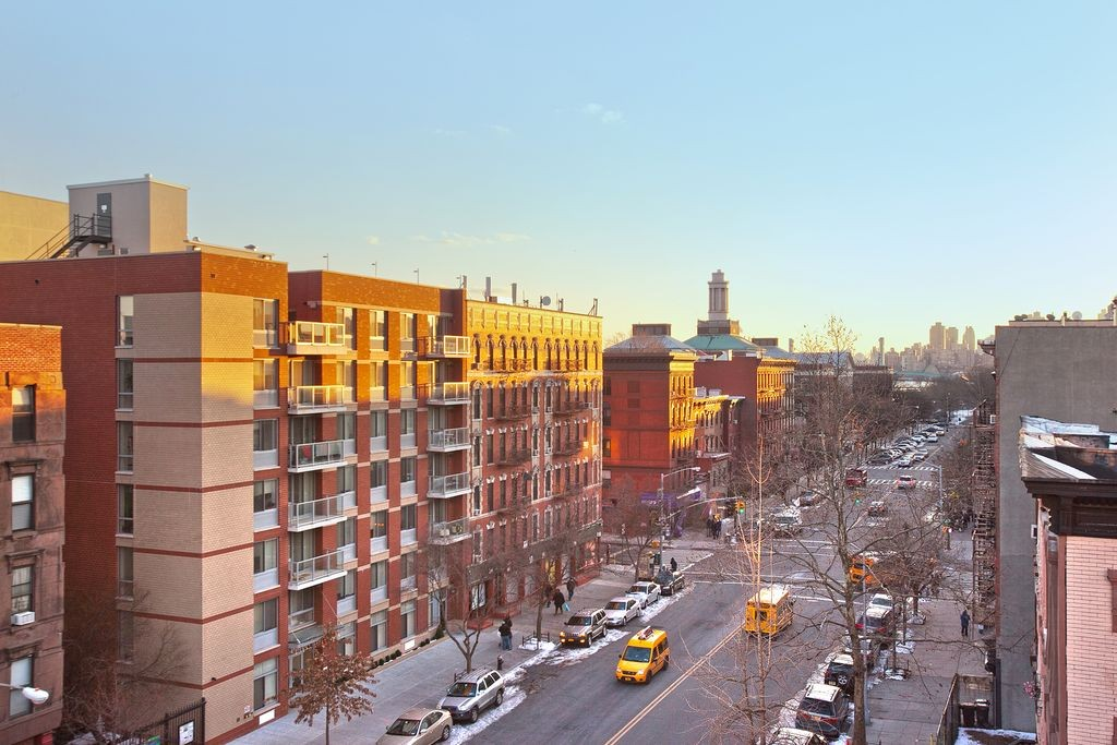 455 East 118th Street 5e New York Ny 10035 2 Bedroom Apartment For Rent For 1 995 Month Zumper