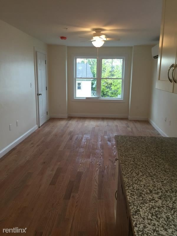 24 Beacon Pl Somerville Ma 02143 2 Bedroom Apartment For Rent Padmapper