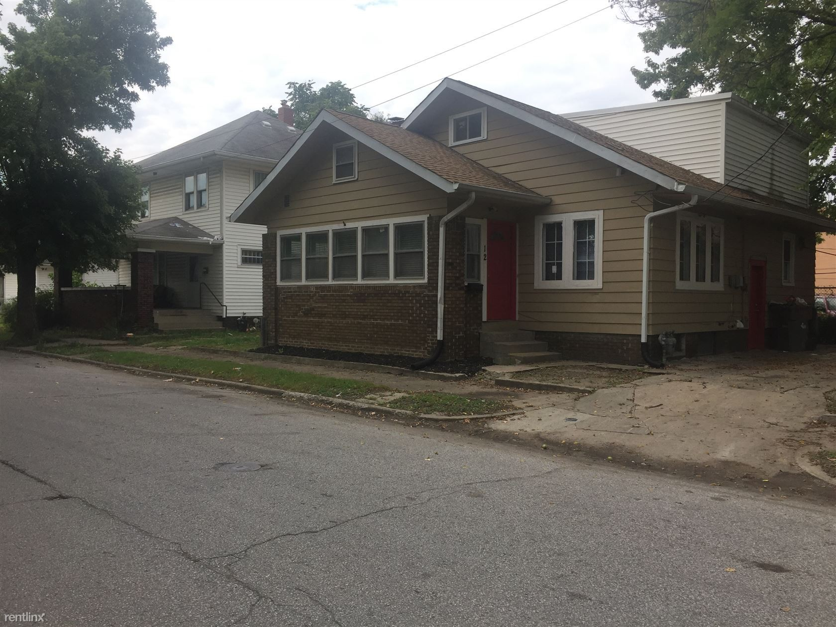 2206 W Mccarty St Indianapolis In 46221 3 Bedroom
