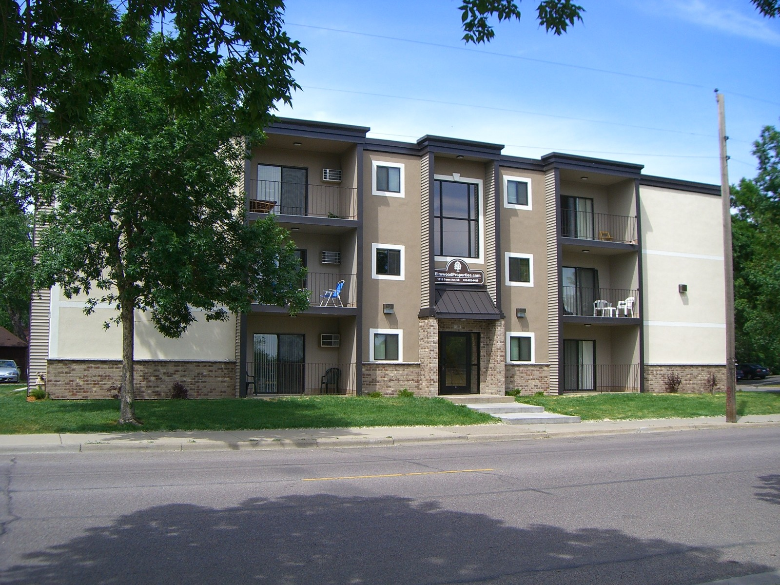 924 17th Ave Se Minneapolis Mn 55414 2 Bedroom Apartment For Rent Padmapper