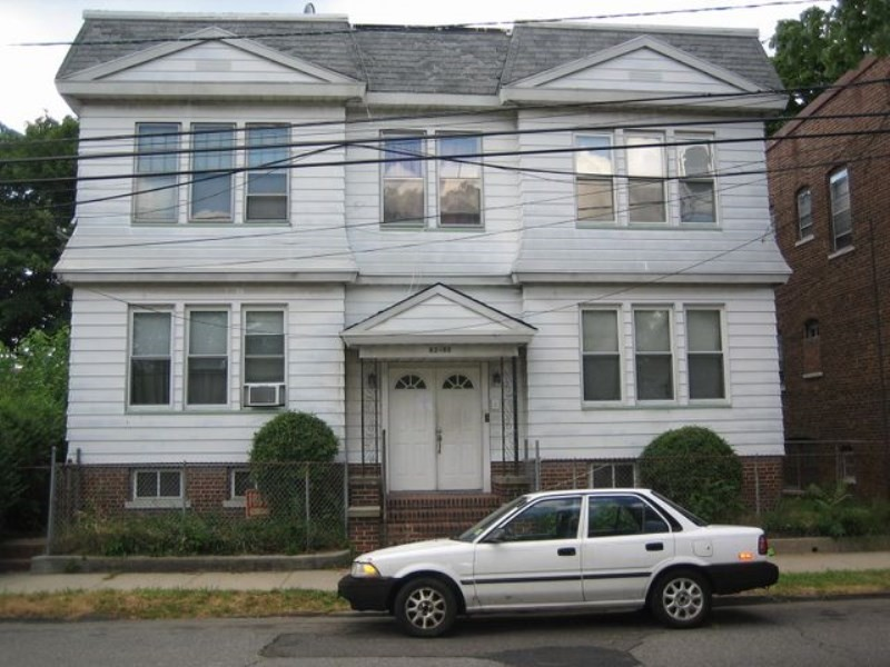85 Halsted St Newark Nj 07106 3 Bedroom Apartment For
