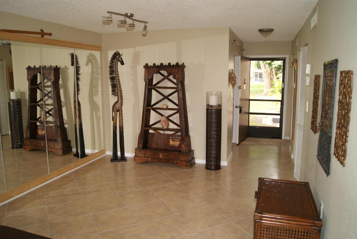 6054 Forest Hill Blvd 103 West Palm Beach Fl 33415 1 Bedroom Apartment For Rent For 950