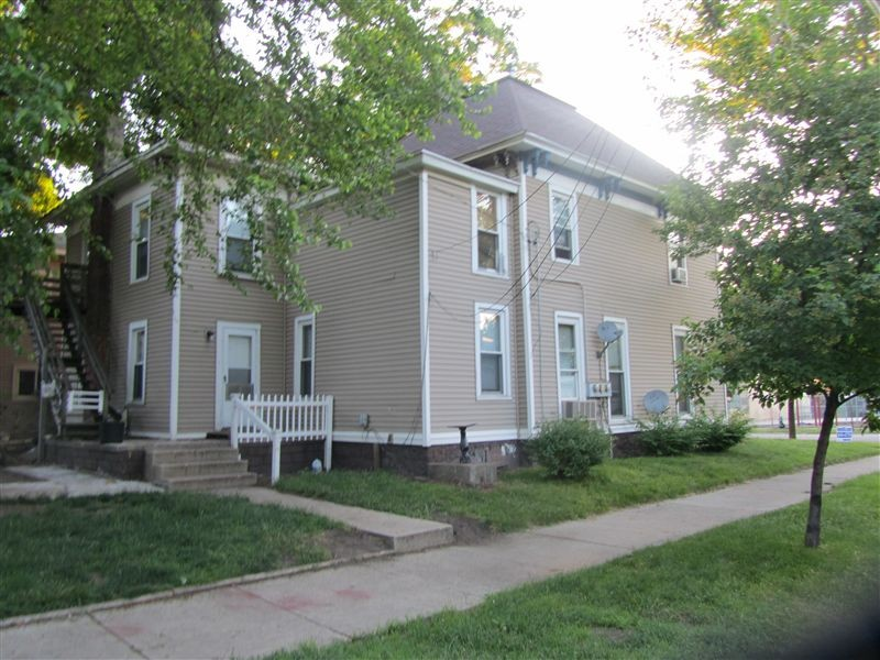 601 Livingston Ave Ne Grand Rapids Mi 49503 3 Bedroom Apartment For Rent For 865 Month Zumper