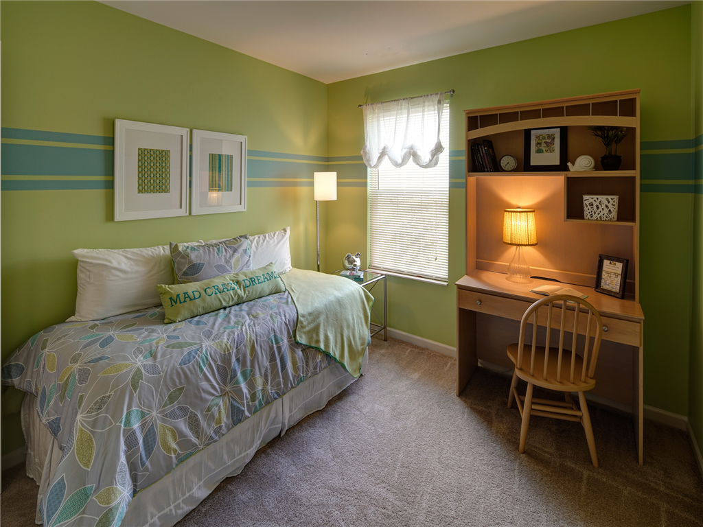 HighPoint Apartments, Romeoville - (see pics & AVAIL)