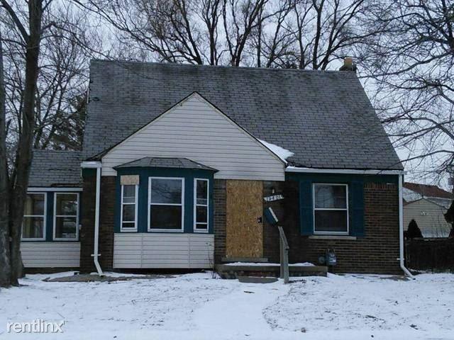 19401 Kelly Rd Harper Woods Mi 48225 2 Bedroom House For Rent For 600 Month Zumper