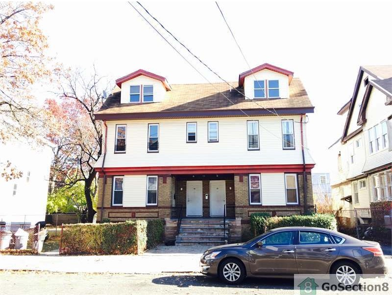 100 goodwin ave 1 newark nj 07112 3 bedroom apartment for rent for 1 495 month zumper for 1 bedroom apartments in newark nj