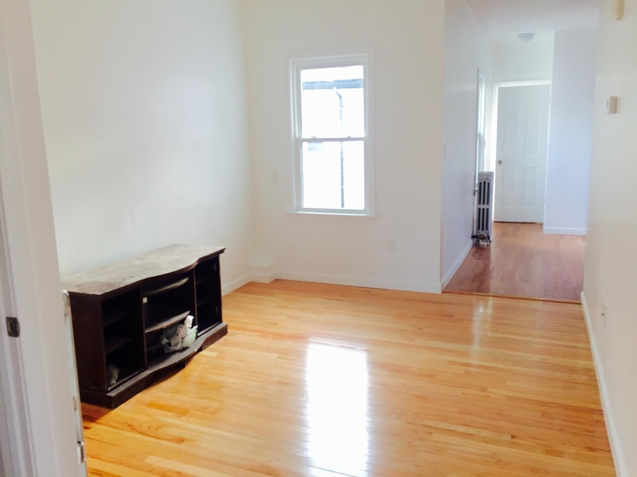 Cross St Brook St 2 Somerville Ma 02145 2 Bedroom Apartment For Rent For 2 050 Month Zumper