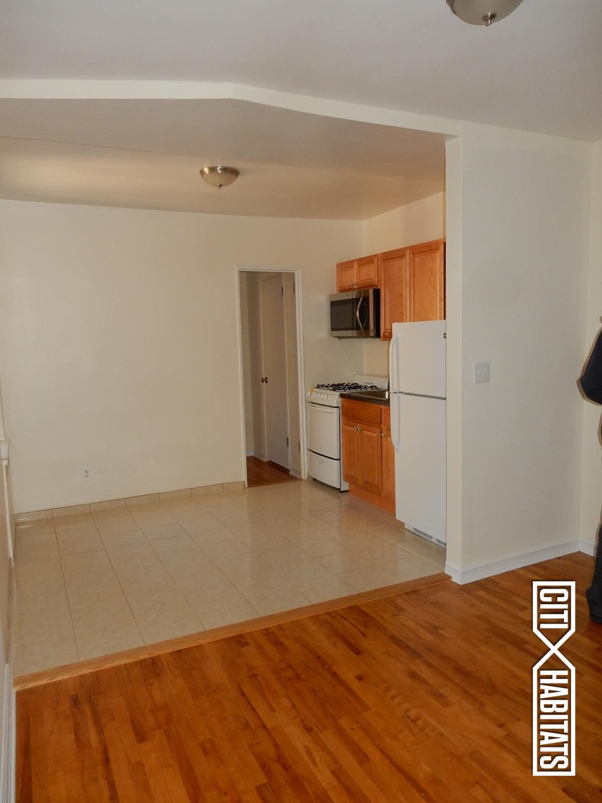 Kappock st 5a bronx ny 10463 1 bedroom apartment for for 1 bedroom apartments bronx