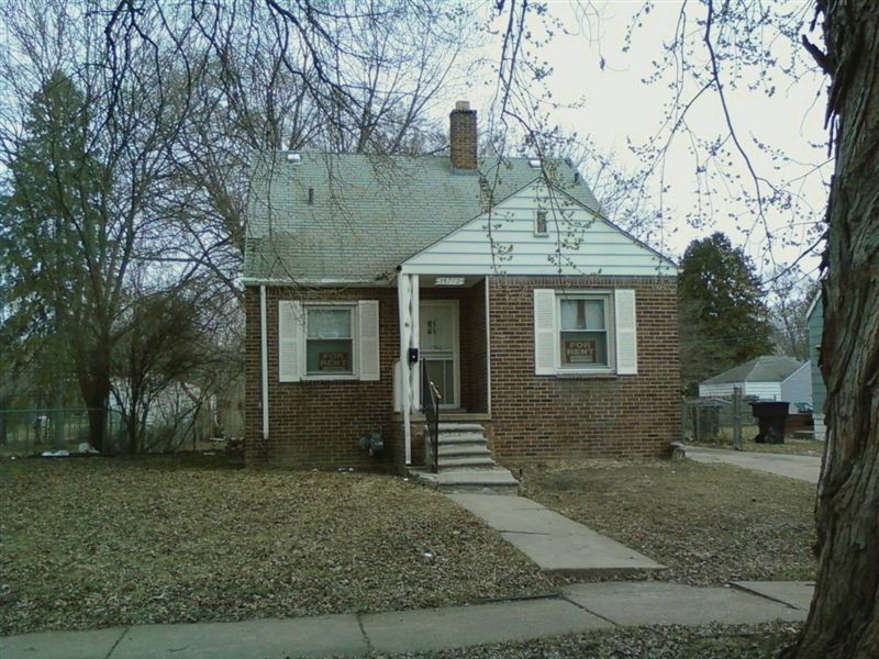 16712 Bramell Detroit Mi 48219 3 Bedroom House For Rent For 725 Month Zumper