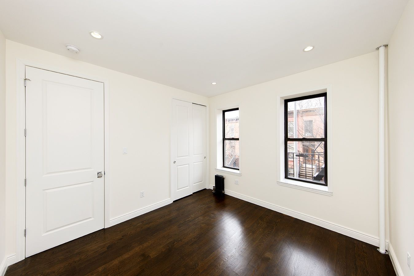 36 40 Linden Street 9b Brooklyn Ny 11221 3 Bedroom Apartment For Rent For 3 300 Month Zumper