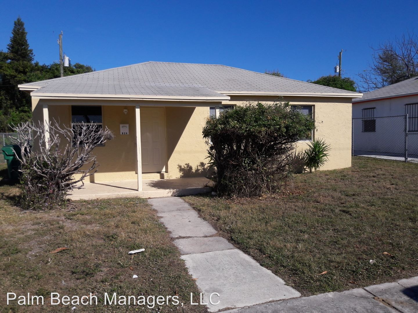 615 59th St A West Palm Beach Fl 33407 3 Bedroom Apartment For Rent Padmapper