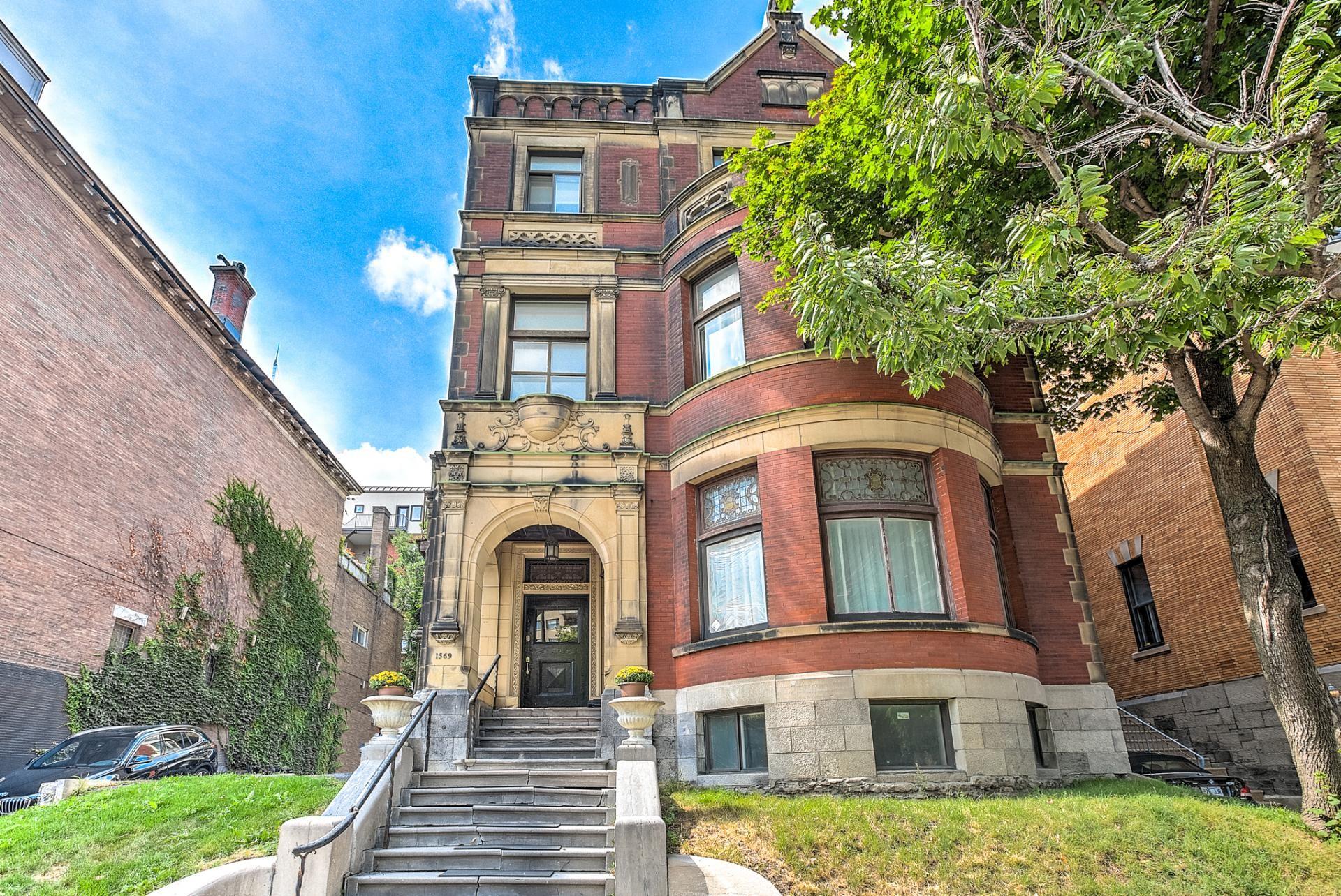 Luxury apartments for rent in montral qc zumper 1569 avenue du docteur penfield solutioingenieria Images