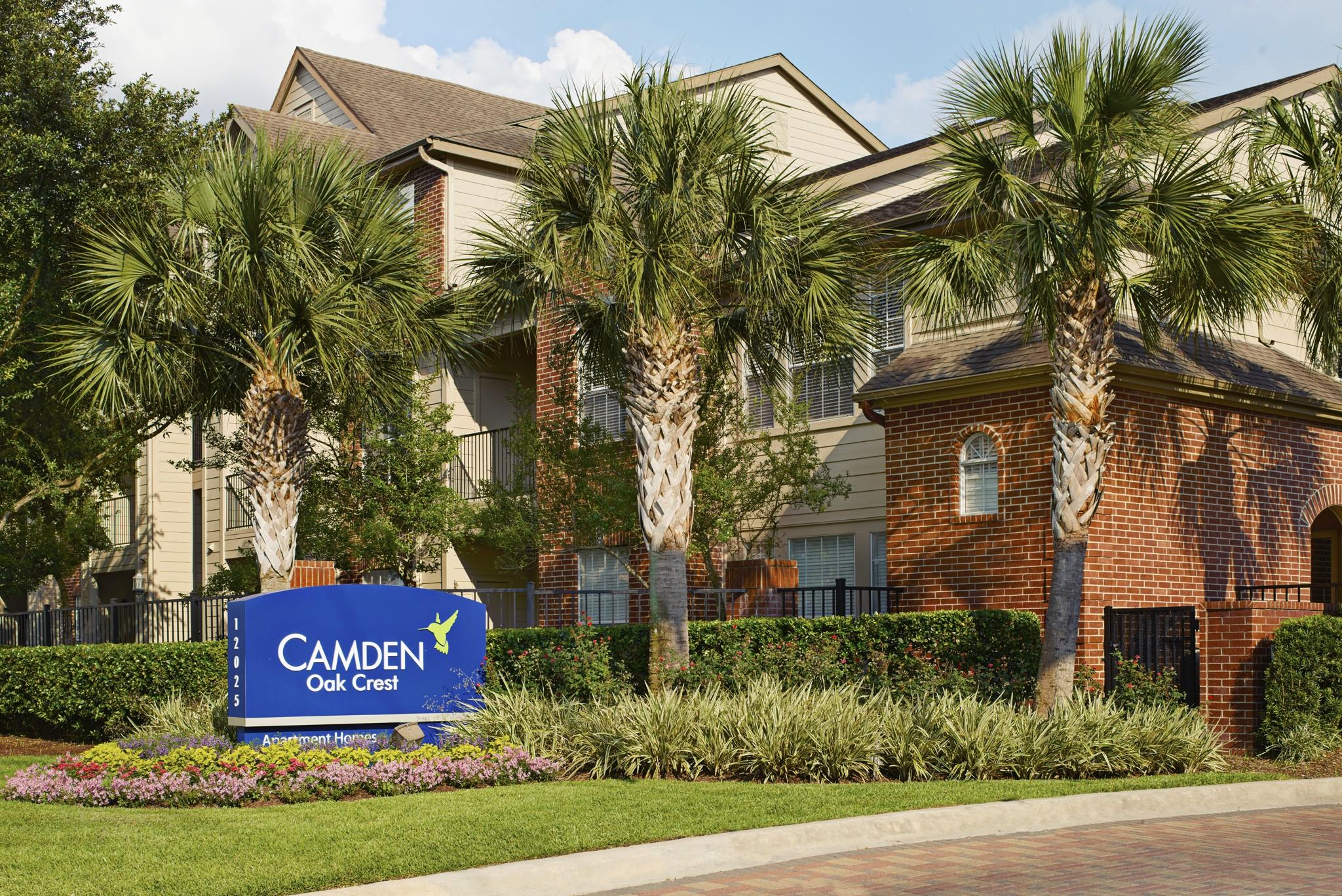 Camden Oak Crest