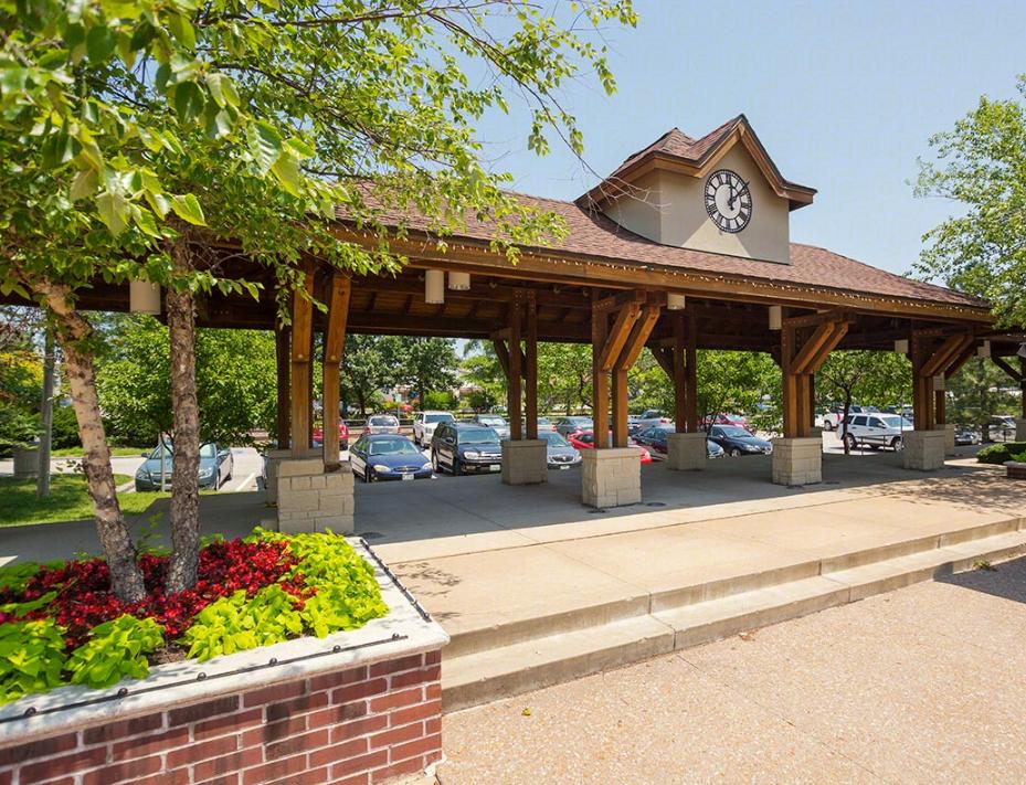 Kirkwood Station Plaza Apartments