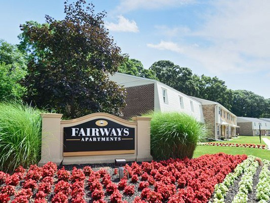 Fairways Apartment Homes
