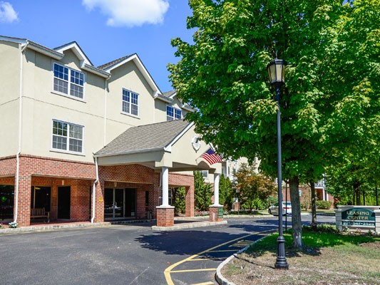 The Horizons at Franklin Lakes Apartment Homes