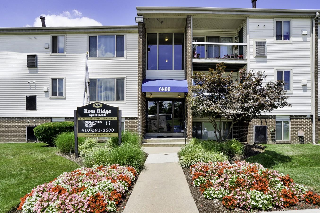 Ross Ridge Apartment Homes