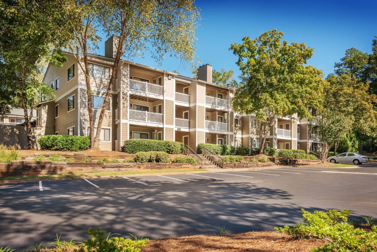 Rosemont Apartment Homes