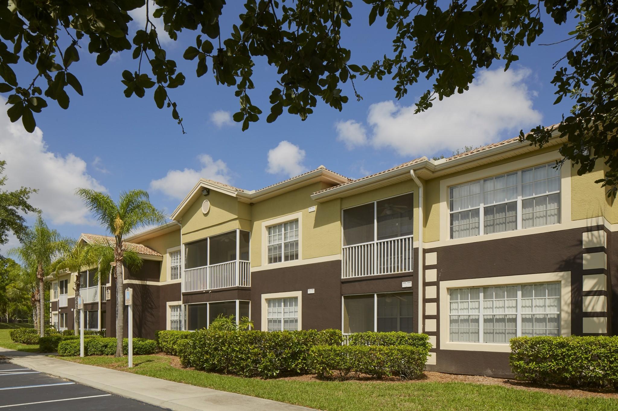 ashlar apartment homes at florida gulf coast university