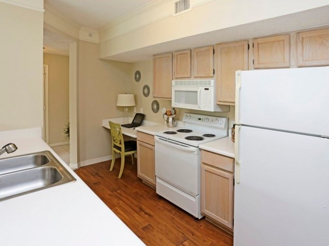 Ashlar Apartment Homes, Fort Myers - (see pics & AVAIL)