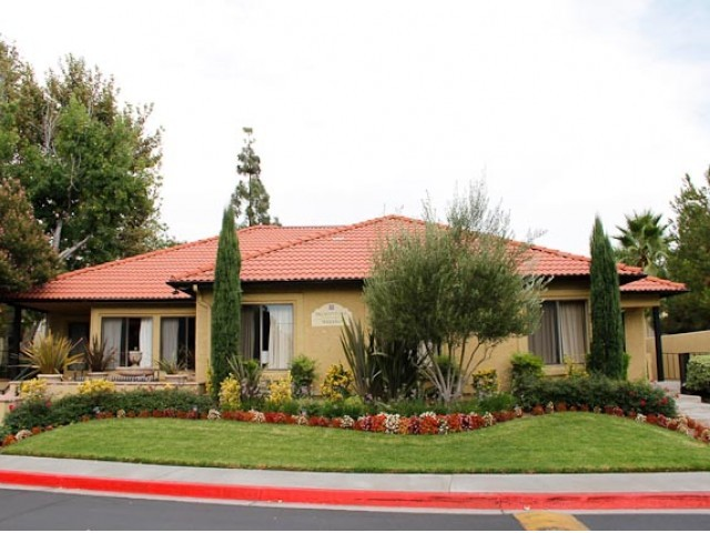 Broadstone Serrano Apartments