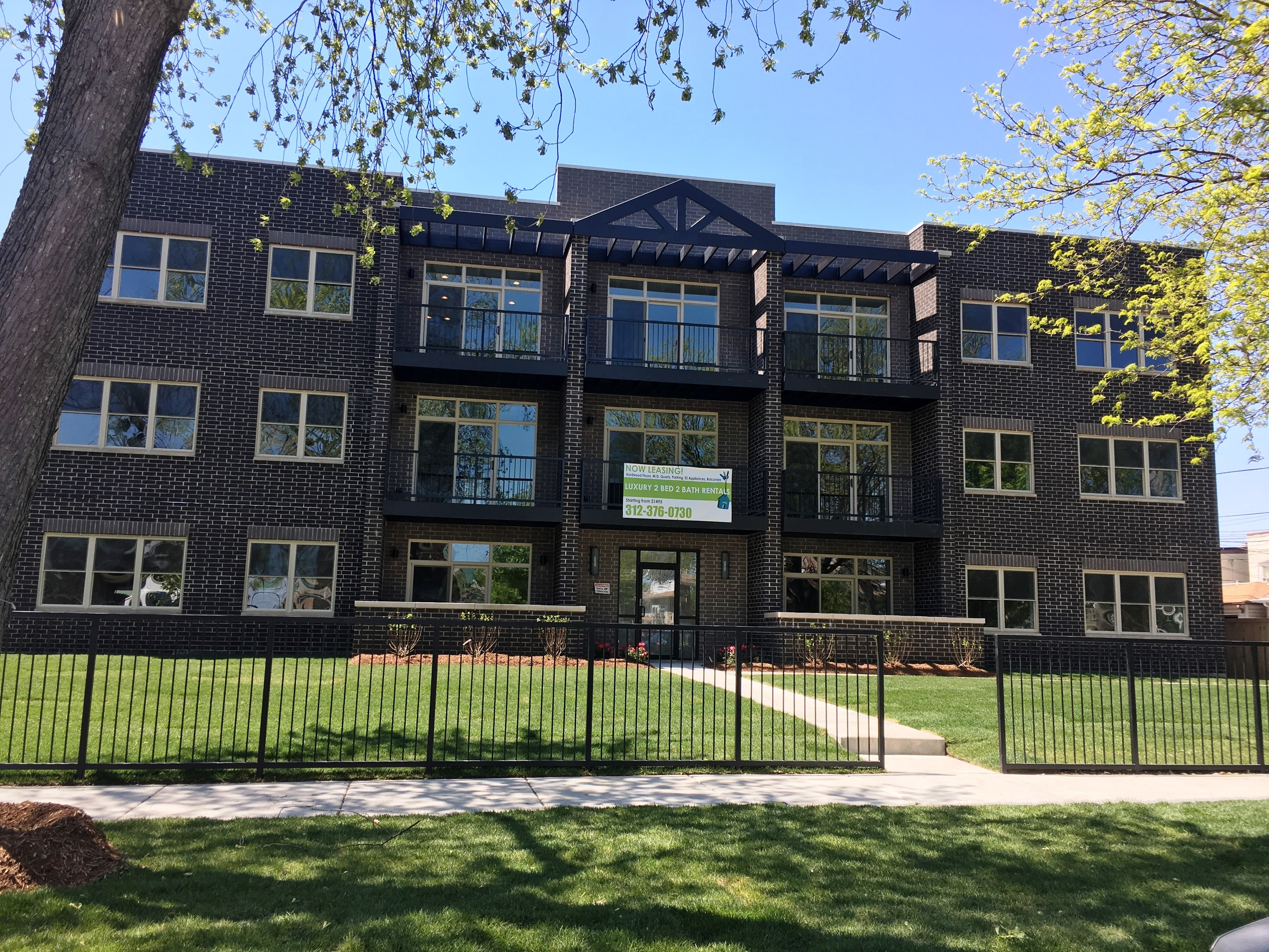 hyde apartments tower for bedroom hotpads s chicago rent at in large il pad boulevard park