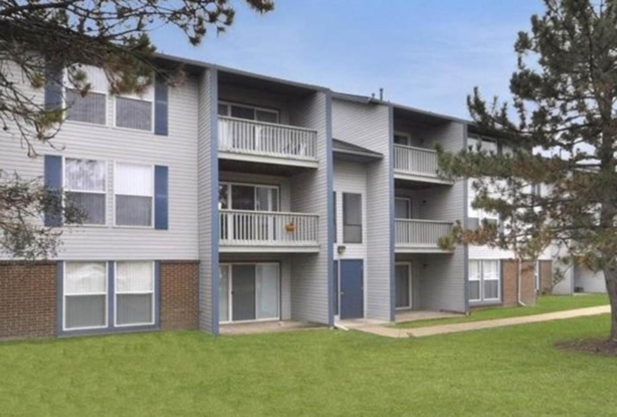 . 54 Apartments in Lansing  MI  AVAIL now