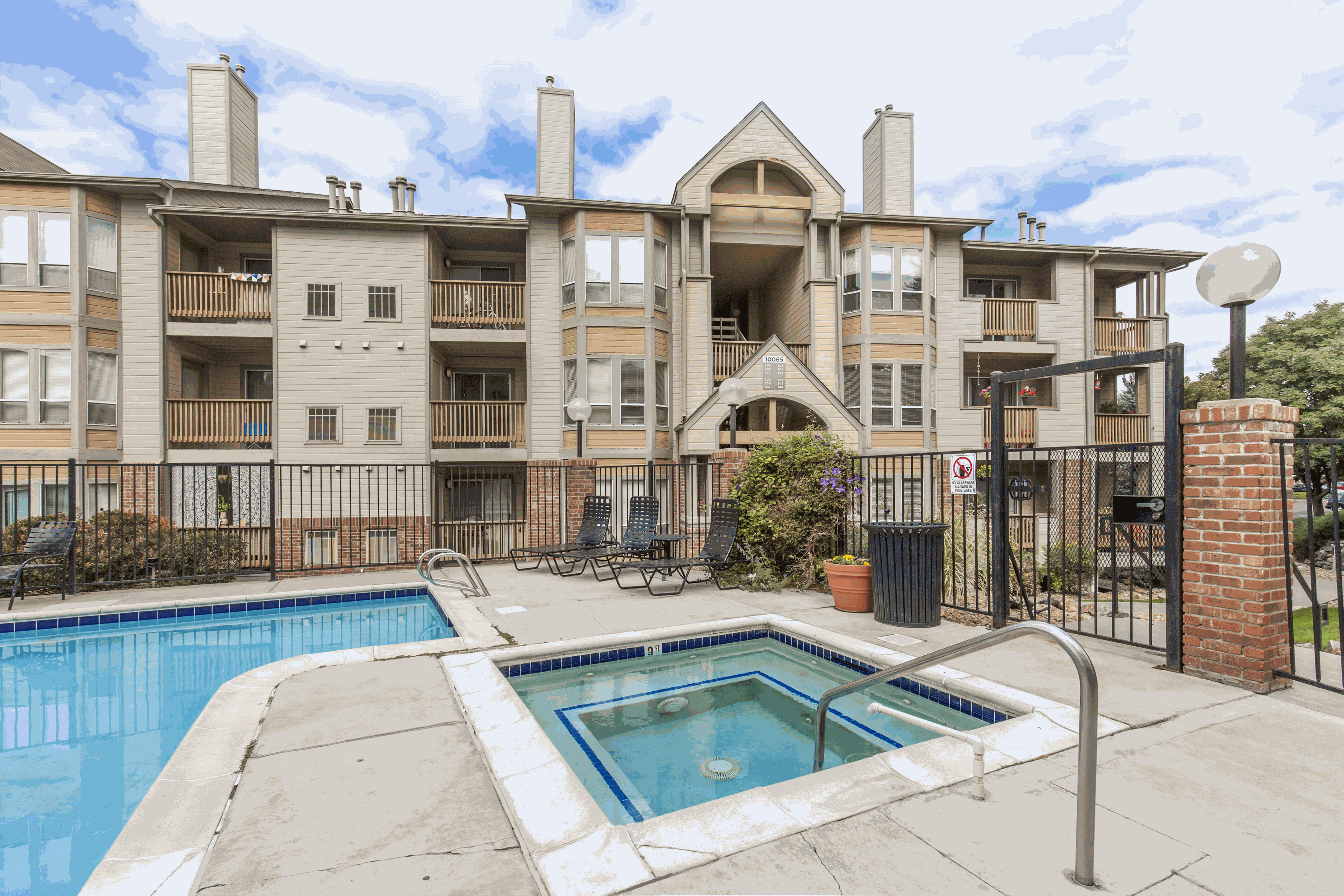 Dartmouth Woods Apartment Homes