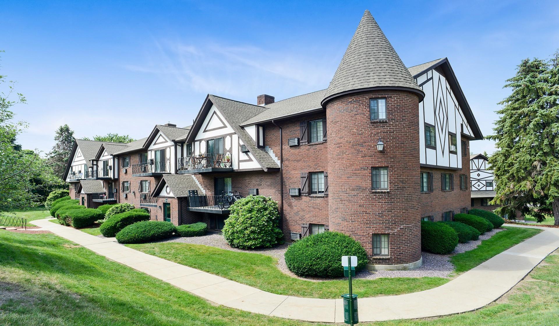 Royal Crest Marlboro Apartment Homes