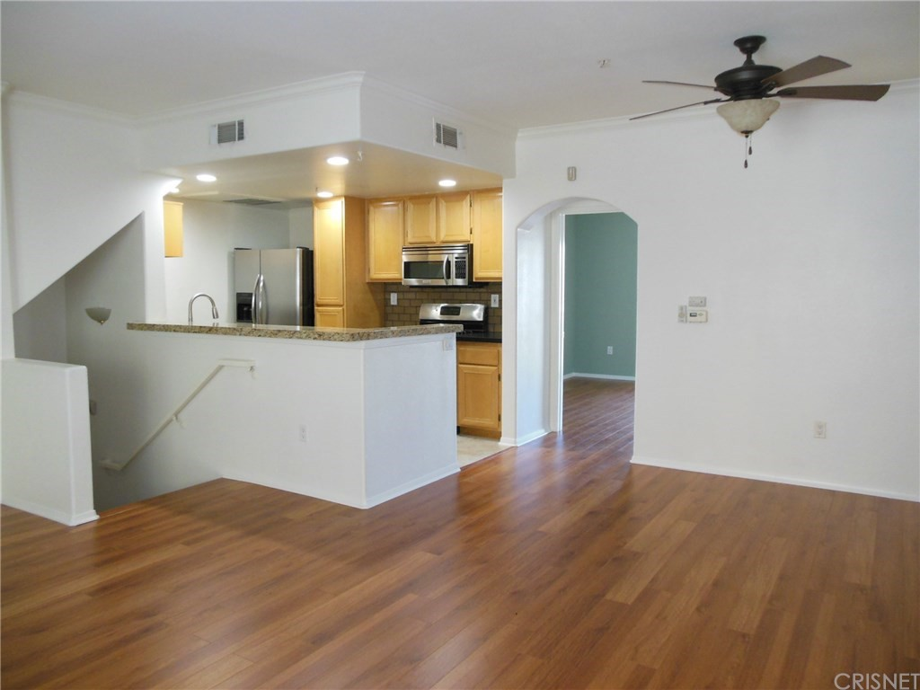 Marvelous This 1 Bedroom, 1 Bathroom Condo, Situated At 5210 Premiere Hills Cir., Is  Listed For $2,100 / Month For Its 840 Square Feet Of Space. In The Unit,  Look For ...