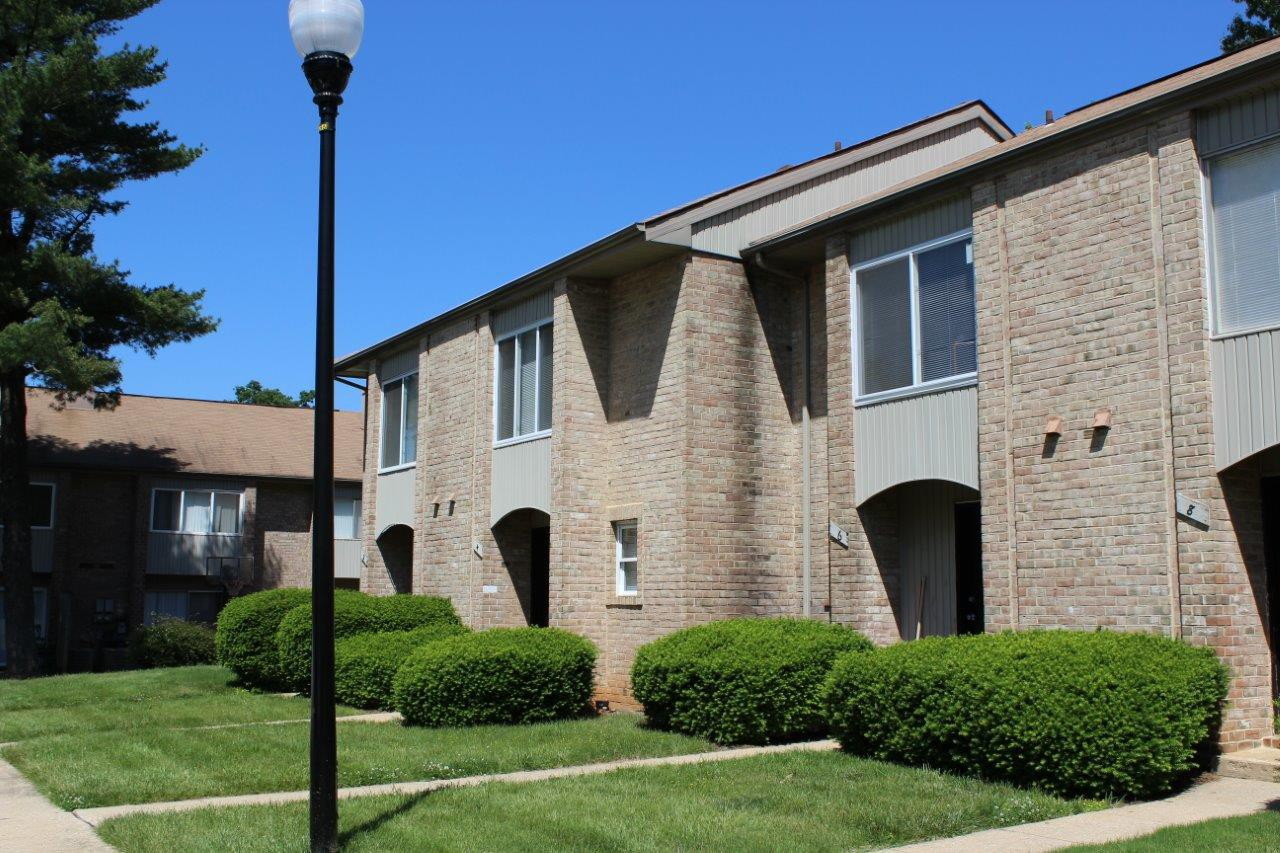 Gwynn Oaks Landing Apartment & Townhomes