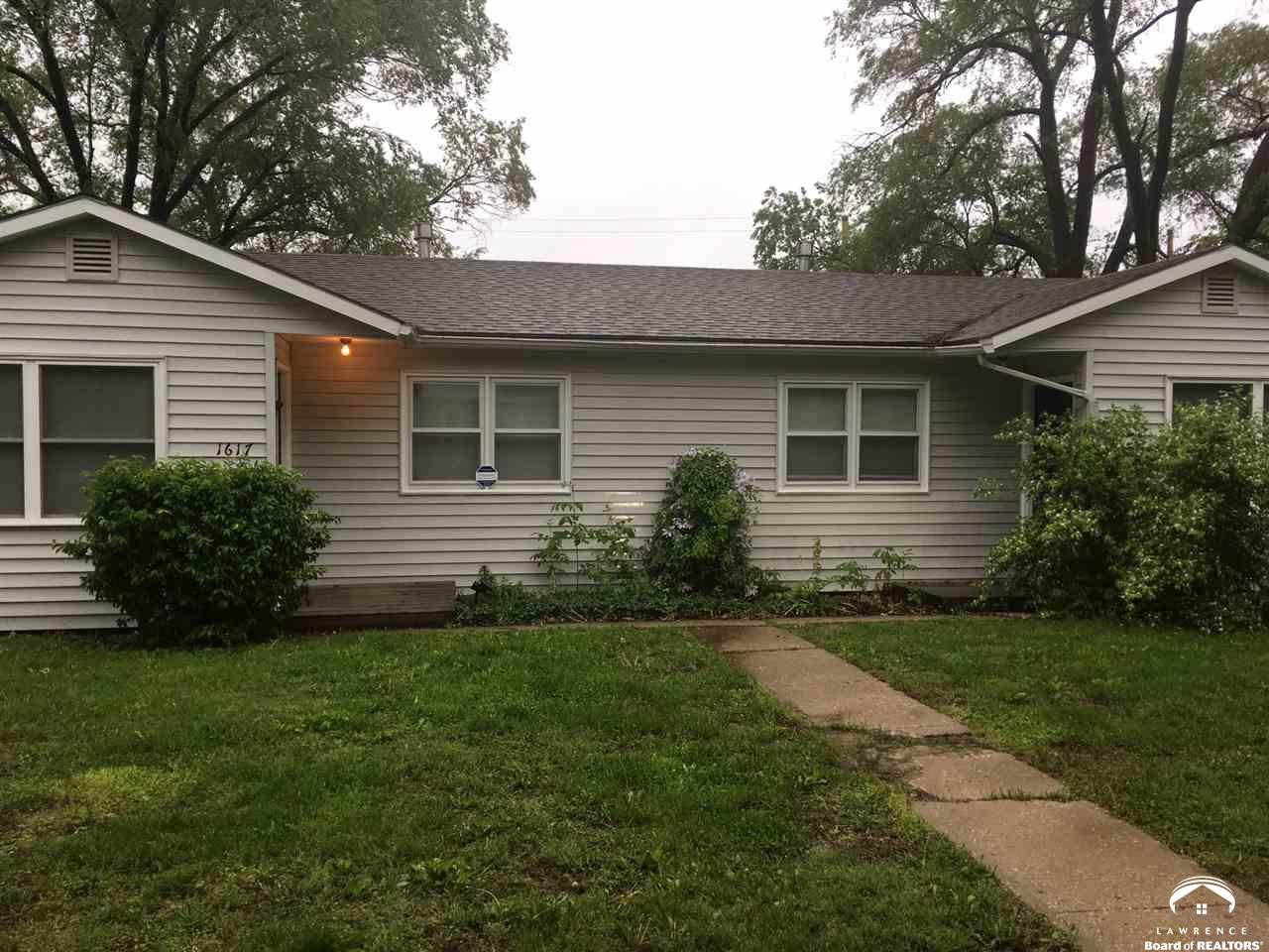 1617 W 22nd Terrace, Lawrence, KS 66046 2 Bedroom Apartment For Rent For  $700/month   Zumper