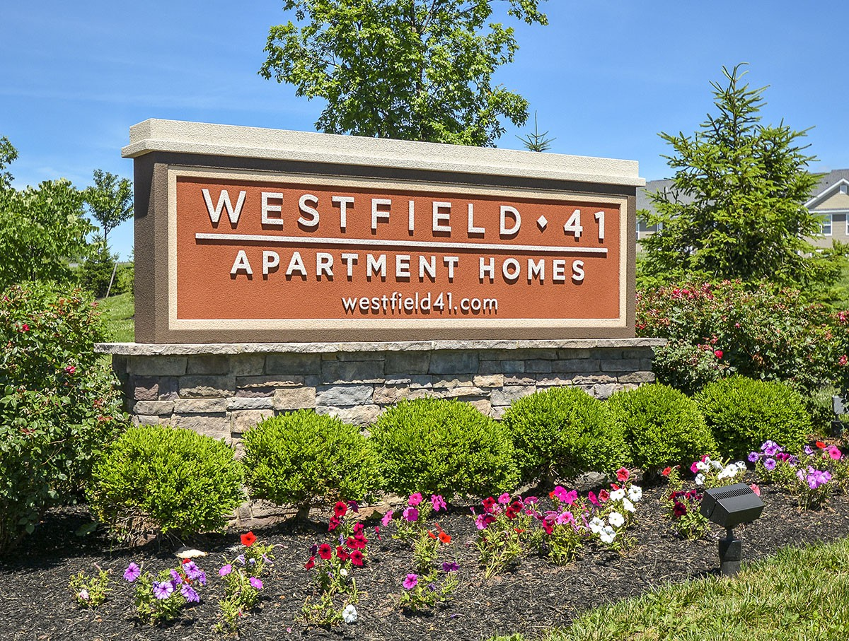 Westfield 41 Apartment Homes & Townhomes