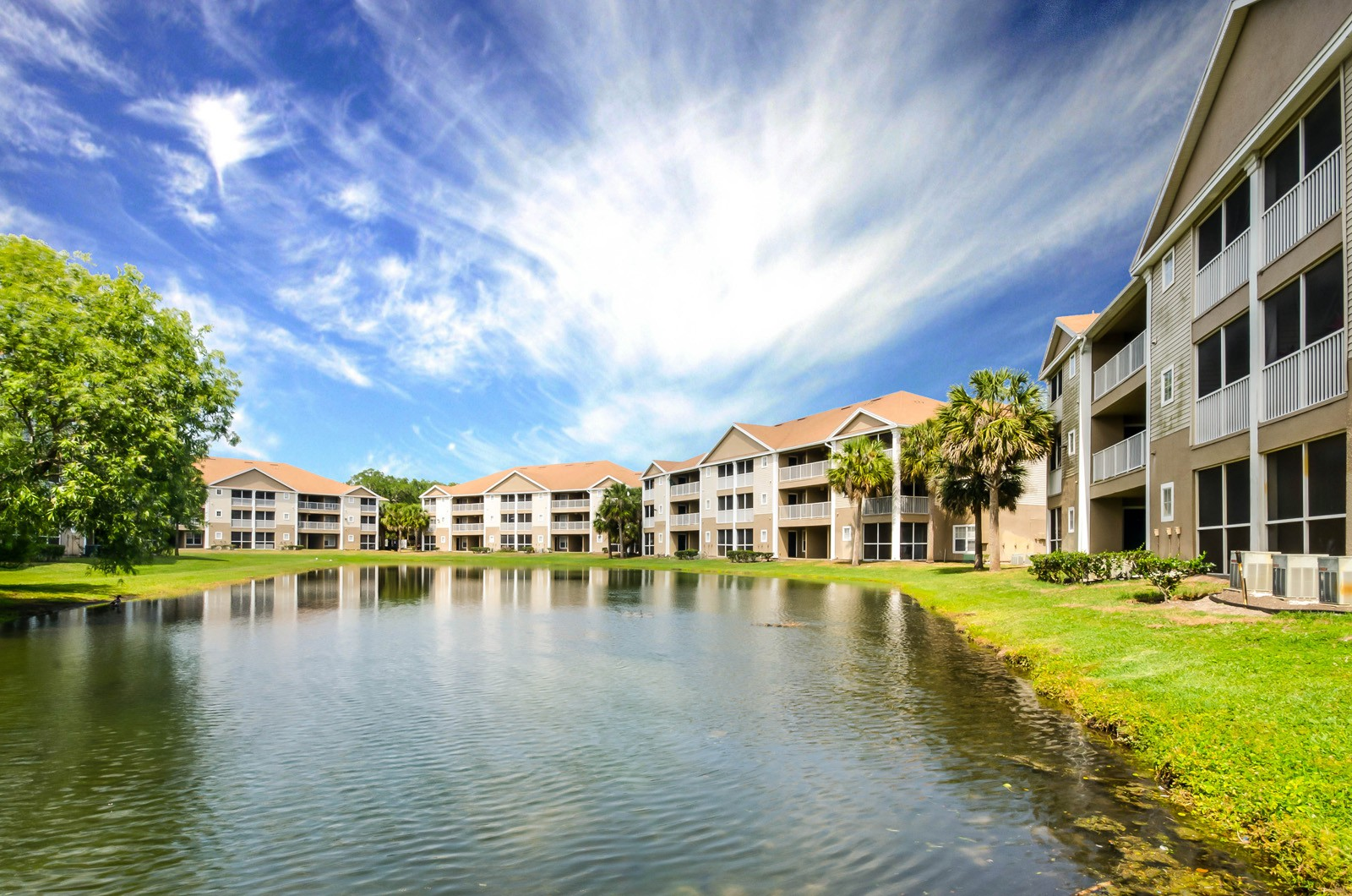 Village Lakes for rent